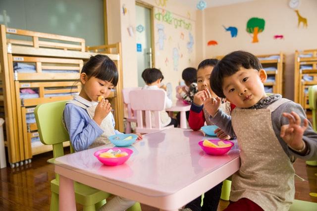共働き 幼稚園 後悔