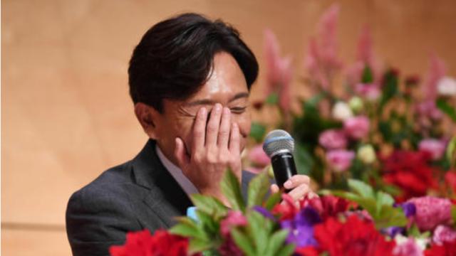 城嶋茂 結婚会見 リアルタイム検索 ファン 反応 評価